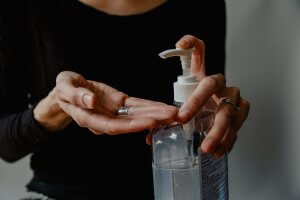 álcool em gel farmacotécnica