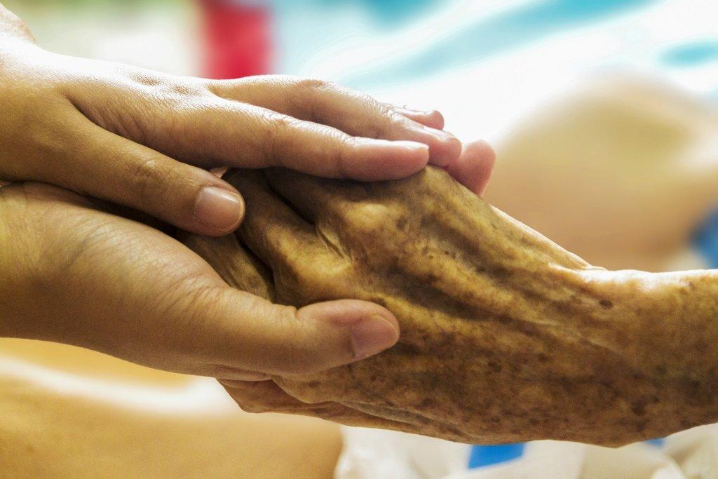 Vale a pena fazer pós-graduação em cuidados paliativos?